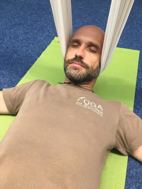 Nackenentspannung, Aerial Yoga
